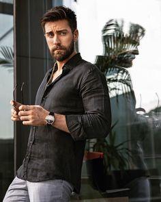Turkish Men, Turkish Beauty, Turkish Actors, Handsome Actors, Best Actor, Beautiful Men, Bff, Gentleman, Cool Pictures