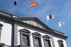 El Ayuntamiento de Santa Cruz suscribe un convenio para la rehabilitación del bloque 31 de Miramar - http://gd.is/QG5Dzk