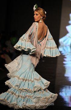 Fotografías Moda Flamenca - Simof 2013 - CARMEN VEGA Me Embrujaste - Foto 10