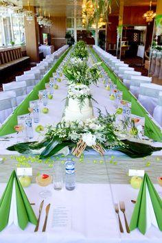 Beautiful green table setting