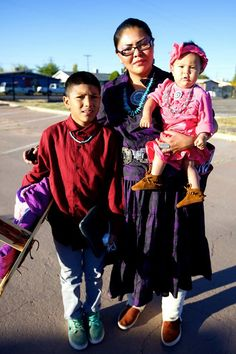 1st Navajo circuit assembly of Jehovah's Witnesses in Arizona 2014. This really made the tears flow. What a privlege to be part of a global united brotherhood in this hate-filled & divided world