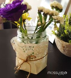 DIY Doily Vase using old glass jar. Quick decor idea for leftover flowers