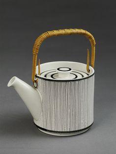 Design by Stig Lindberg, manufactured 1956-1957 by Gustavsberg in Sweden. @designerwallace