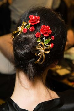 mulberry-cookies: Backstage @ Dolce & Gabbana Fall/Winter 2015