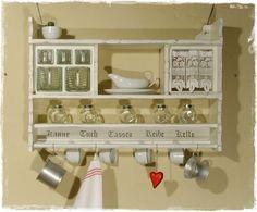 ANSOLECE bietet hier ein wunderschönes, großes, schweres *Regal mit Eierfach und Schüttenteil inkl. Schütten*, im Shabby Style zum Kauf...