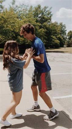 Cute And Sweet Relationship Goal All Couples Should Aspire To; Lov… Cute And Sweet Relationship Goal All Couples Should Aspire To; Cute Couples Photos, Cute Couples Goals, Couple Goals, Sweet Couples, Relationship Goals Pictures, Cute Relationships, Couple Relationship, Healthy Relationships, Relationship Challenge