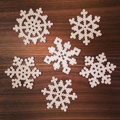 Snowflakes hama beads by kwiden
