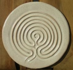 Google Image Result for http://www.sevenstonespottery.com/Seven_Stones_Pottery/7_Stones_Series_files/labyrinths_014_ywgh.jpg