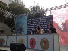 Presentación en Inglés de Ivonne Cagle, fue subtitulada al español en tiempo real.  Un servicio exclusivo de www.estenotipista.cl