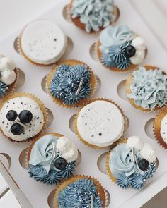 Mini Cakes, Cupcake Cakes, Sweet Cupcakes, Cake Art, Cake Designs, Amazing Cakes, Instagram, Food, Pastries
