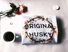Style is a form of art!💭🌹 Available online now - link in bio! Organic Sweatshirt - Minimalistic Design. Eco-Friendly - Equality- Premium 100% Organic Sweatshirt