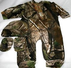 images of camo baby clothes   Realtree APG Camouflage Baby Sleeper Hat Booties Infant Camo Clothes ...
