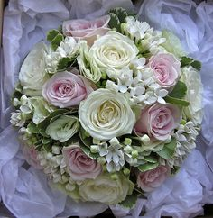 classic.bouquet.pink.ivory.green.rose-bouvardia by fioribylynne, via Flickr
