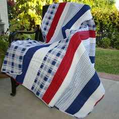 Patchwork cotton throw.   Product: ThrowConstruction Material: CottonColor: Red, white and blue