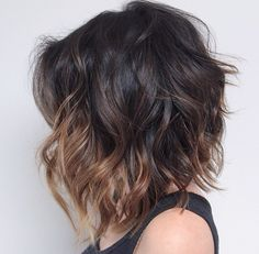 23 Balayage Ombre Hair Color Ideas for Short Hair - 2019 Hair Color Inspirations, 2019 Ombré Hair, Hair Day, Her Hair, Frizzy Hair, Bob Haircut 2018, Curly Lob Haircut, Medium Hair Styles, Curly Hair Styles, Layered Bob Haircuts