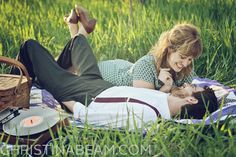 vintage couple photography - I love her shoes!