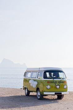 Vintage Bus 4 Rent, Ibiza wedding service - White Ibiza