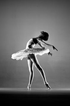 Ballet Portfolio by Jim De Block, via Behance