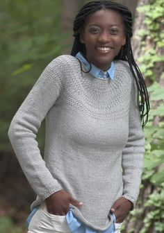 Пуловер на круглой кокетке спицами