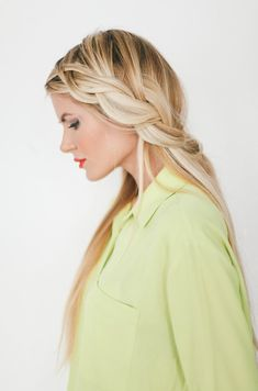Loose Braid Tutorial - Barefoot Blonde by Amber Fillerup Clark