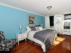 Wow 5 Bedroom 3 Bathroom Duplex In Midtown!