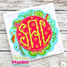At Applique Market, we have the frames for your Applique project. Accent your designs with this scallop circle frame Applique .