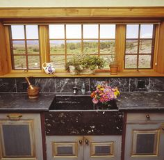 Tulikivi soapstone countertop and sink. Country Kitchen, Ranch Kitchen, Soapstone Countertops, Kitchen Cabinets, Interior, Projects, Sink, Spaces, Home Decor