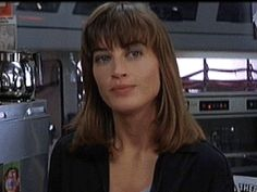 I always thought this actress looked like me...so did my cousin Pete. Amanda Pays from the Leviathan in the 80's. :-)