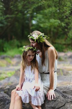 mother and daughter photo shoot, flower crowns, river photo shoot
