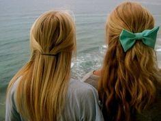I like the straight hair. It's so simple &&& cute ☺️