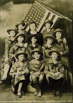 Girl Scouts of Crescent Springs, Kenton County, Kentucky, 1927