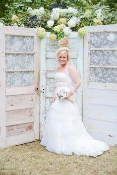 Southern Farm Wedding In Alabama - Rustic Wedding Chic Farm Wedding, Chic Wedding, Rustic Wedding, Dream Wedding, Baroque Wedding, Tribal Wedding, Alabama Wedding Venues, Wedding Doors, Wedding Bells