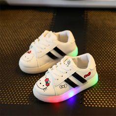 Enfants Lumière Chaussures Filles Lumineux Chaussure Enfant En Bas Âge de  Bande Dessinée Kitty LED Chaussures 060a902e8949