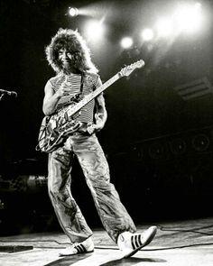 EVH & FRANKY Under The Lights, WORLD INVASION TOUR 1980! [Photo Credit: Neil Zlozower.] #evh #eddievanhalen #alexvanhalen #davidleeroth #diamonddave #michaelanthony #vintage #classic #klassik #rock #music #history #1980s #1980 #worldinvasiontour #womenandchildrenfirst #PartyTillYouDie #touring #OnStage #UnderTheLights #NeilZlozower #RockHistory #vantastikhistory #vantastik #vanhalen #vanhalenhistory