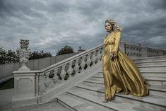 Luxusné spoločenské šaty od slovenskej módnej návrhárky Katky Vavrovej Salons, Style Inspiration, Lounges