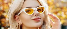 Change your look with cheap cat-eye sunglasses under $20 with various lens colors to express your elegance and femininity. Cat-eye shades always stand with time, which is the first choice of celebrities around the world since day one.