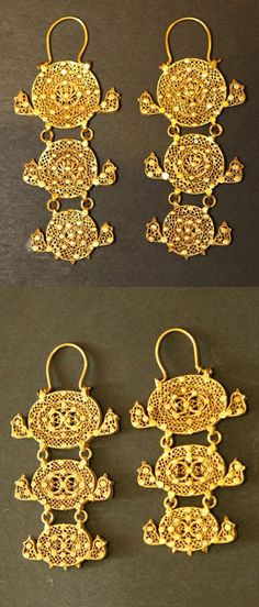 Egypt | Two pairs of Mamluk gold earrings | ca. 1250 AD to 1517 BC | Price on request, sold separately