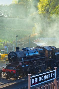 As a child, I took one of these trains from Bridgnorth to Bewdley and back - the first time I'd ever travelled on a steam train By Train, Train Car, Train Travel, Steam Trains Uk, Severn Valley, British Holidays, Heritage Railway, Train Posters, Old Trains