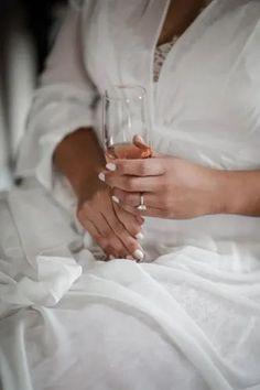 Old Florida Charm | Bustld | Planning Your Wedding Just Got Easier | @sonjuphotography | #bustld #wedding #weddingplanning #weddinginspiration #elegantwedding #traditionalwedding #floridawedding #classicwedding #weddingmorning #weddingrobe #ido #weddingdrink