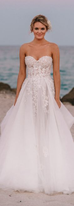 Real Galia Lahav bride. #weddingdress. #wedding. #bride