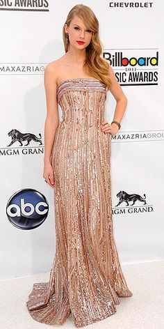 Taylor Swift in Elie Saab at the Billlboard Music Awards