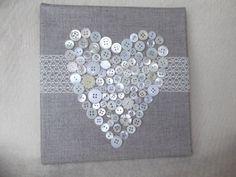 Tableau toile de lin dentelle et boutons