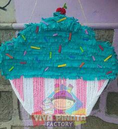 #Piñata #Cupcake  Pedido especial. Que esperan para visitarnos en #VivaPiñataStore y checar todo lo que tenemos para sus fiestas
