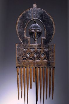 Africa | Comb from the Ashanti people of Ghana | Wood || November 2013 Catalogue, pg 19