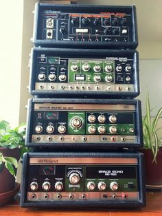 Music Machine, Drum Machine, Space Echo, Tower Of Power, Guitar Effects Pedals, Recording Studio, Music Instruments, Music Production, Electric Guitars