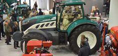 top agrar-Redakteur Guido Höner ist für Sie auf der Landtechnikmesse EIMA International in Bologna/Italien unterwegs. Hier einige Neuheiten in der Fotostrecke.