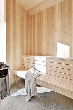 Hem - Trendenser Entryway Bench, Dining Bench, Decorating Blogs, Bathroom Inspiration, Outdoor Furniture, Outdoor Decor, Bungalow, Pergola, Villa