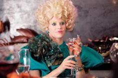 """THE HUNGER GAMES: Elizabeth Banks Talks """"Effie Trinket ..."""