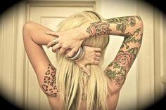 mujeres con tatuajes - Buscar con Google