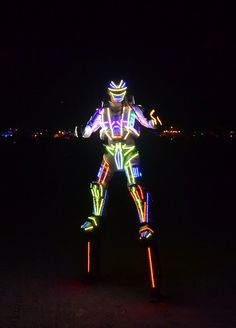 Tall Man, Tall Guys, Led Costume, Costume Ideas, Robot Costumes, Staff Uniforms, Space Pirate, Wearable Technology, Cool Inventions